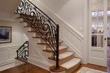 Выбор идеального стиля дизайна перил лестницы