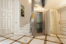 Жизнь без барьеров — лифт в загородном доме